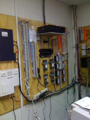 commercial phone installation blue jay communicatiosn cleveland ohio